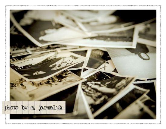 Die Rabenfrau: Fremde Fotos