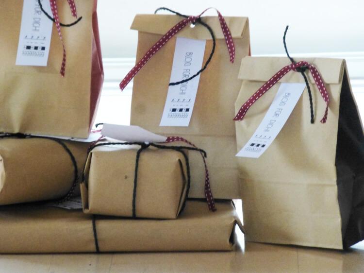 raben-weihnachtsdeko-geschenkverpackung